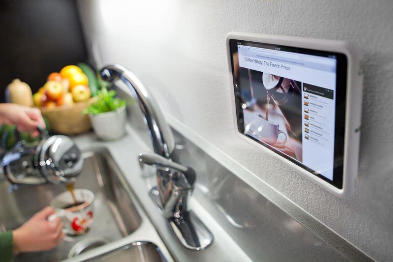 Rokshield-iPadm-kitchen